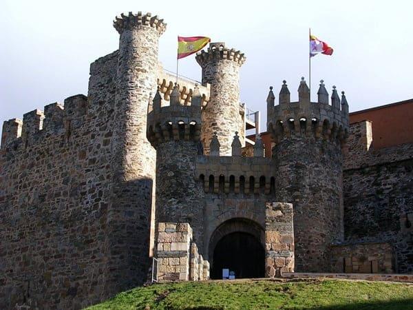 Tour dei castelli di Valencia per imparare lo spagnolo 0